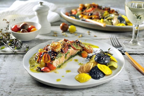 Salmon with pesto and roasted tomatoes